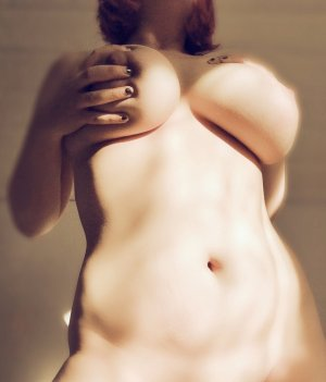 Eudeline erotic massage in Brookhaven